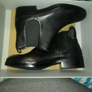 Cole haan booties size 6.5